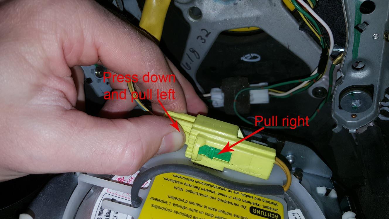 Name:  Aftag airbag stik  med tekst.jpg Views: 114 Size:  135.4 KB