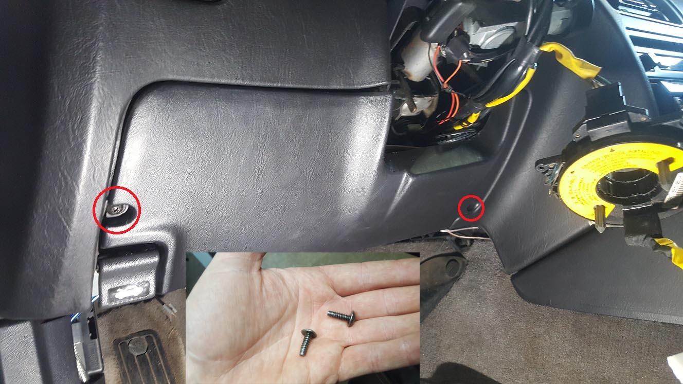 Name:  Fjern dæksel over pedaler m skruer.jpg Views: 81 Size:  168.2 KB