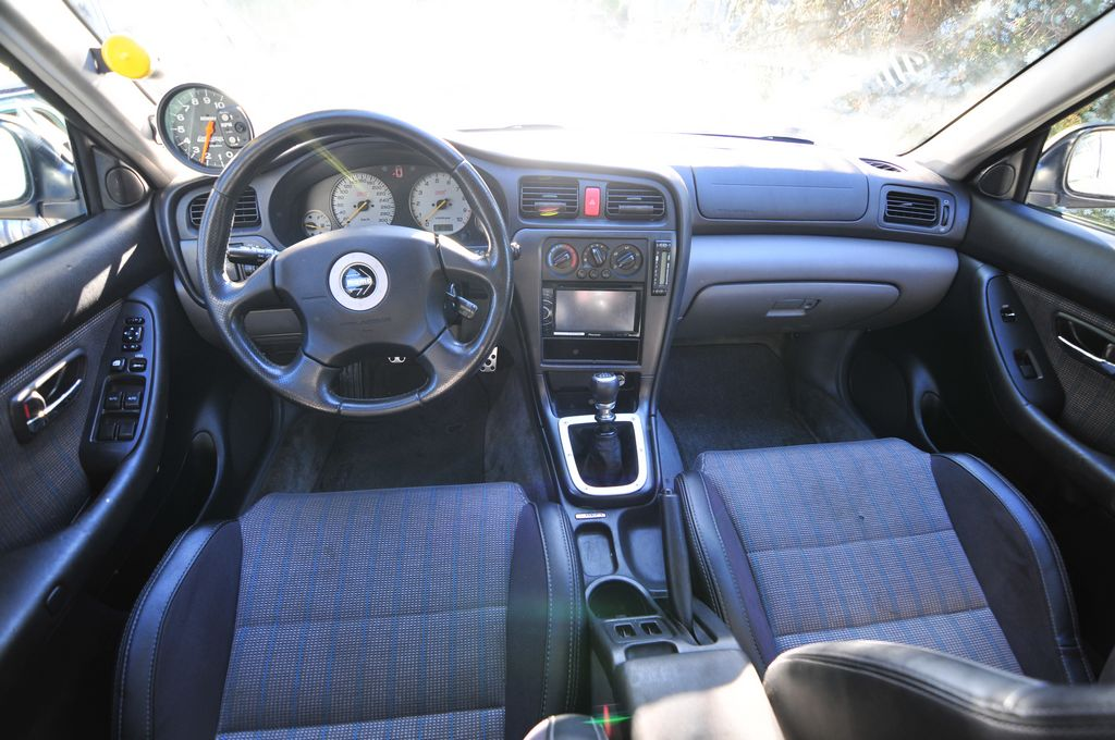 Name:  tn_Legacy_Interior.JPG